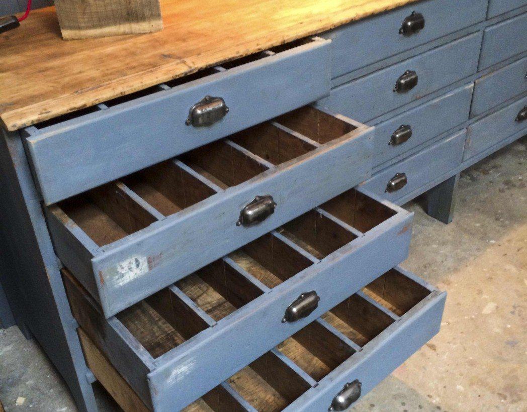 Meuble de m tier 16 tiroirs patine cr me antique pictures for Meuble de metier a tiroir
