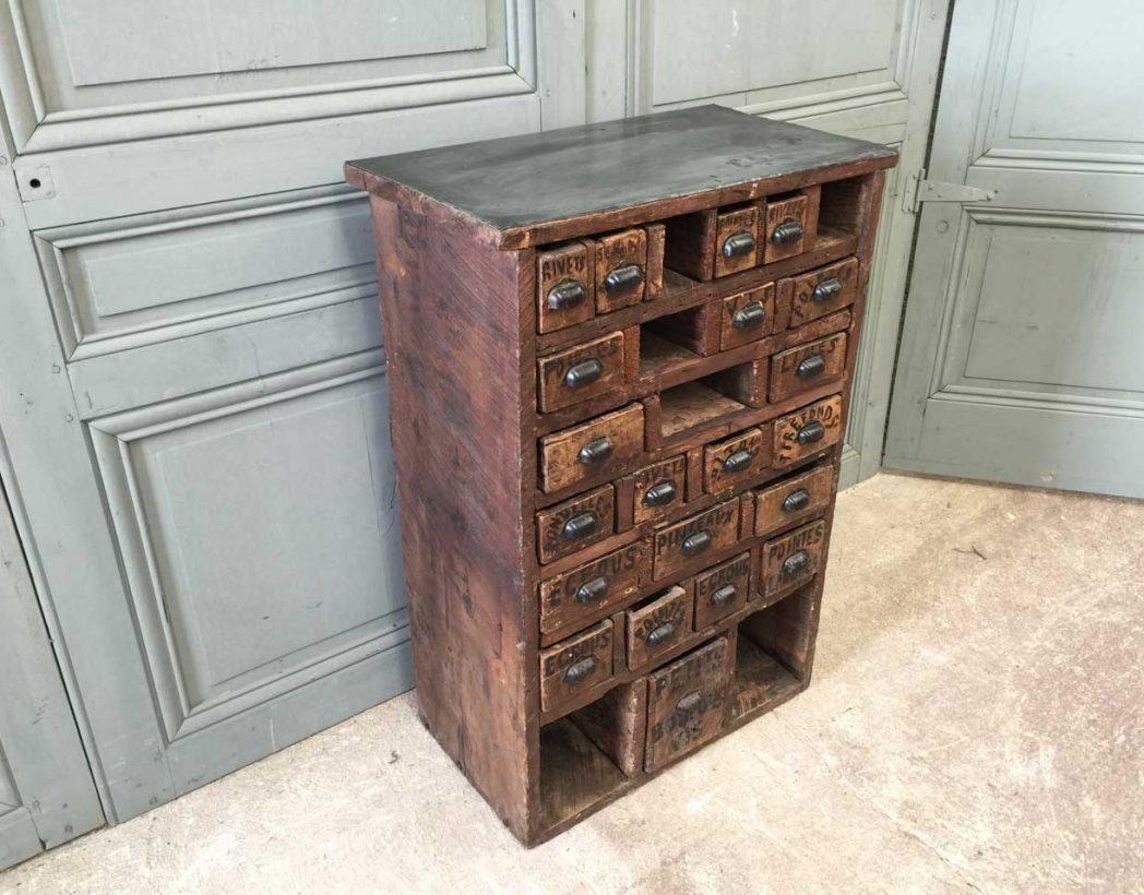 Meuble de m tier tiroirs art populaire for Meuble a tiroir ancien