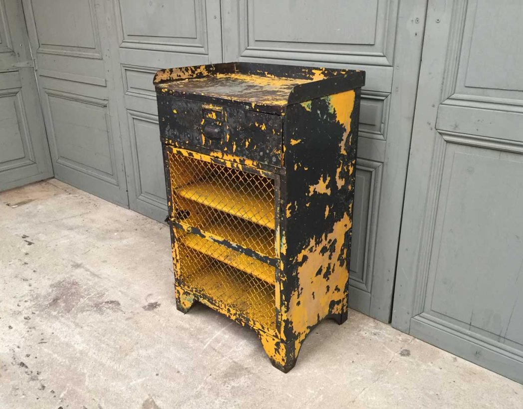 console-atelier-ancienne-rivetee-patine-jaune-industrielle-5francs-3