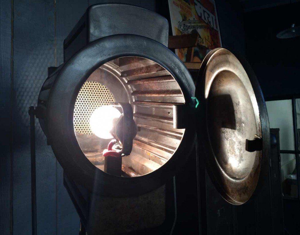 projecteur-cinema-ancien-5francs-8