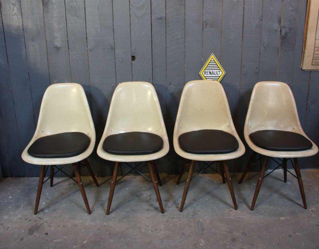 Authentique lot chaises eames dsw for Dsw fauteuil