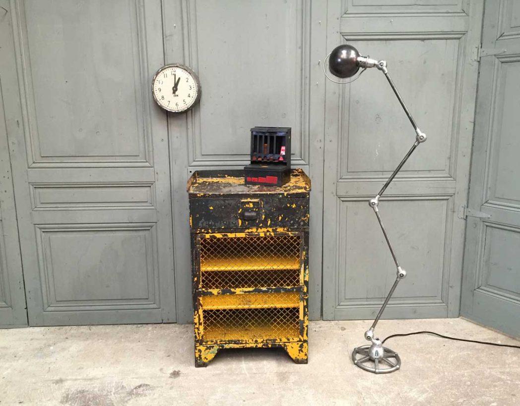 console-atelier-ancienne-rivetee-patine-jaune-industrielle-5francs-8