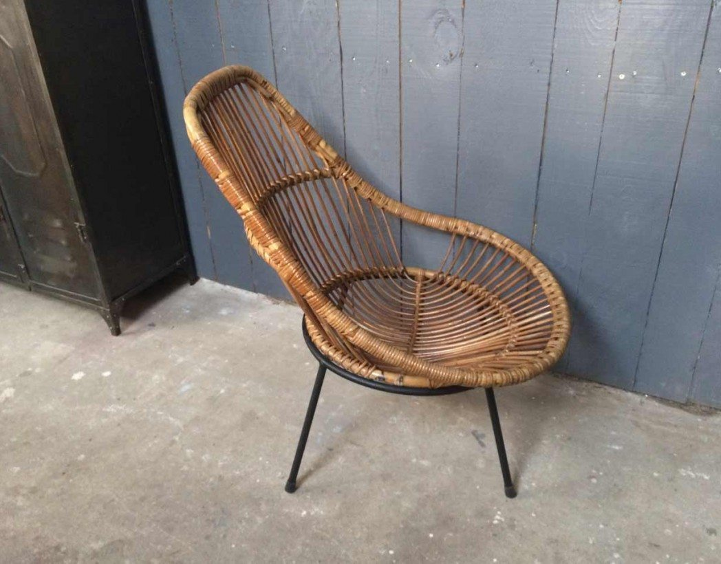 chaise en rotin vintage. Black Bedroom Furniture Sets. Home Design Ideas