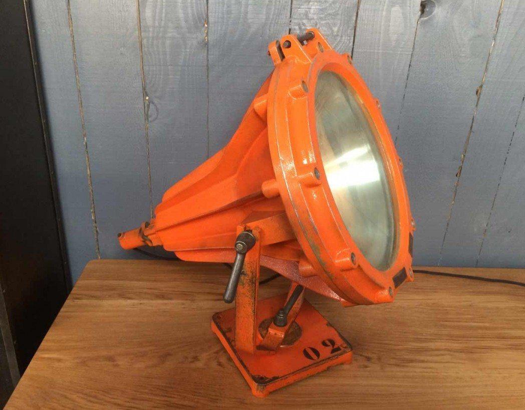projecteur-usine-mapelec-5francs-3