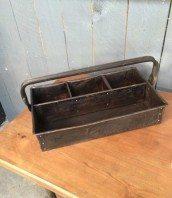 boite-outil-metal-ancienne-rivetee-atelier-5francs-1