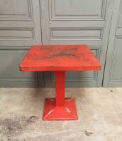 ancienne-table-tolix-minkub-metal-carre-bistrot-vintage-5francs-1