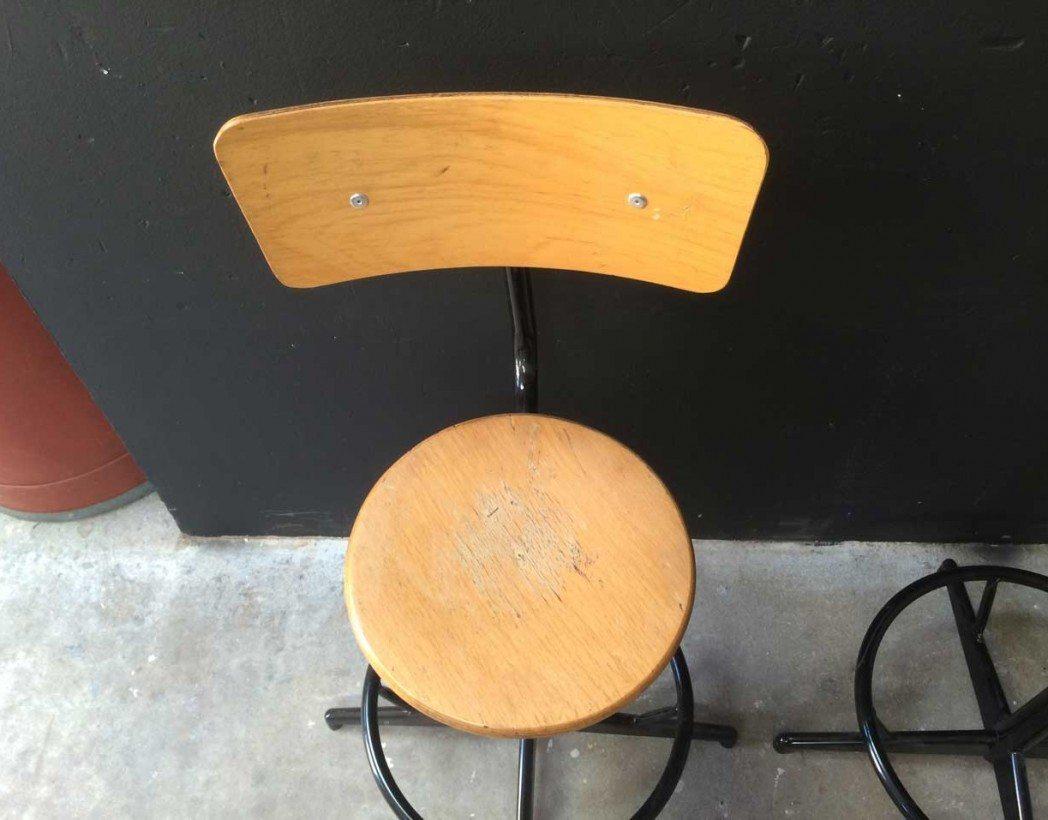 chaise-atelier-pivotante-vintage-5francs-4