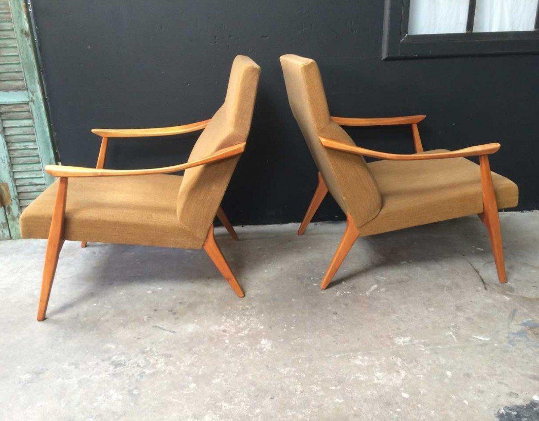 paire de fauteuils scandinave des ann es 60 couleur moutarde. Black Bedroom Furniture Sets. Home Design Ideas