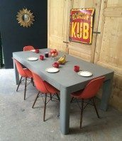 table-a-manger-beton-designer-5francs-1