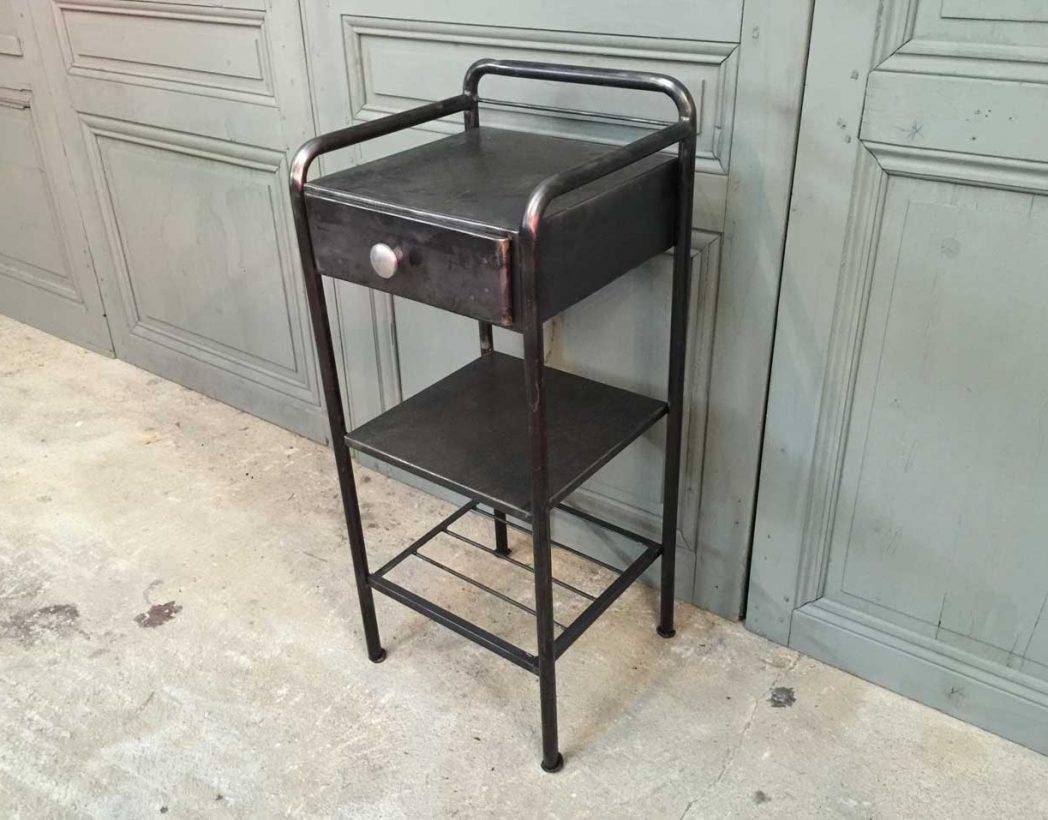 table nuit metal. Black Bedroom Furniture Sets. Home Design Ideas
