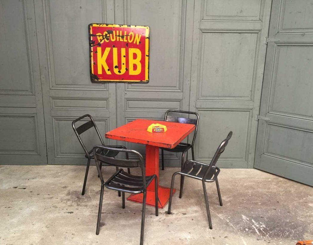 ancienne-chaise-tolix-t1-vintage-bistrot-metal-5francs-6
