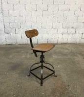 ancienne chaise atelier bienaise pied fer plat industriel 5francs 1 172x198 - Authentique chaise d'atelier Bienaise hauteur 65 cm
