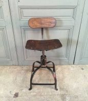 chaise-bienaise-ancienne-design-industriel-5francs-1