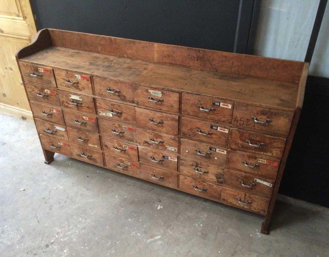 Ancien meuble de m tier 30 tiroirs for Meuble a tiroir ancien