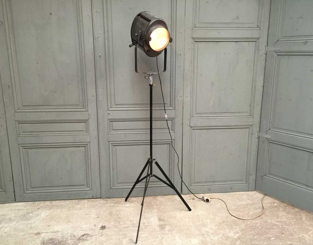 projecteur-cremer-trepied-cinema-5francs-10