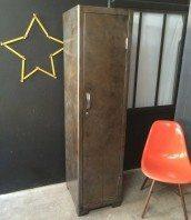 vestiaire-atelier-penderie-decape-industriel-5francs-1