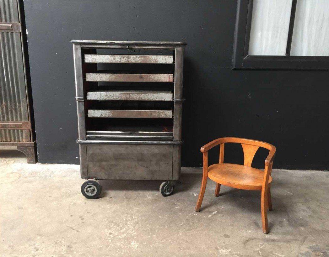 chaise baumann enfant. Black Bedroom Furniture Sets. Home Design Ideas