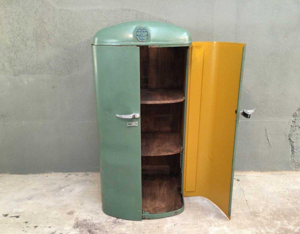 armoire industrielle arct bois et m tal look r tro de frigo am ricain. Black Bedroom Furniture Sets. Home Design Ideas