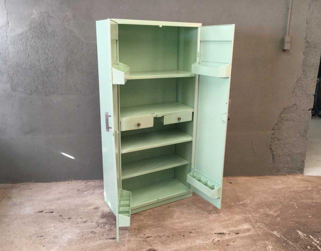 Armoire tolix couleur vert d 39 eau for Armoire rangement chambre
