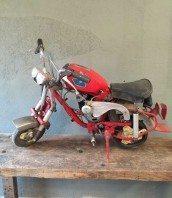 mini-moto-modele-unique-104-ancienne-5francs-2