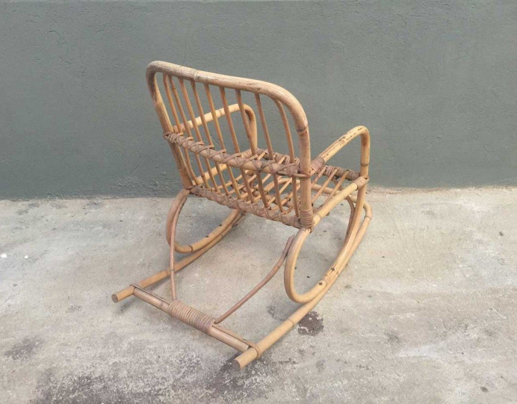 Ancien rockingchair en rotin pour enfant rockingchair for Chaise en rotin enfant