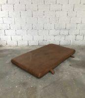 ancien tapis cuir gymnastique banquette vintage 5francs 1  172x198 - Ancien tapis de gymnastique en cuir