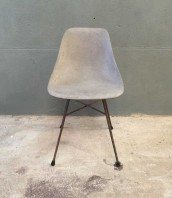 chaise-beton-industrielle-design-metal-5francs-1