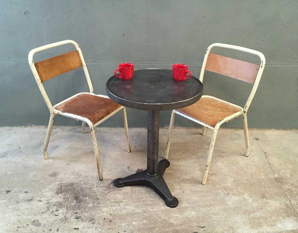 ensemble de 13 chaises d 39 cole tolix. Black Bedroom Furniture Sets. Home Design Ideas