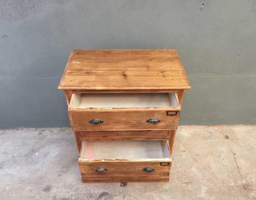 Petit meuble 3 tiroirs maison design - Petit meuble a tiroir ...