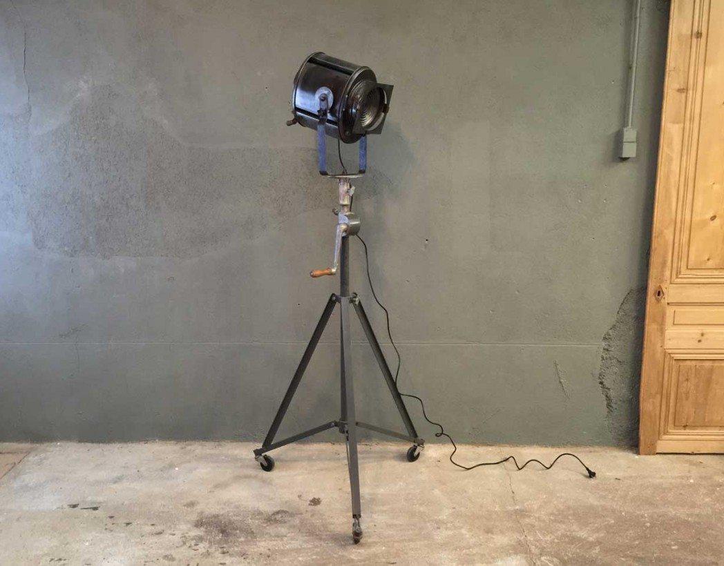 projecteur-cinema-ancien-vintage-cremer-industriel-5francs-2