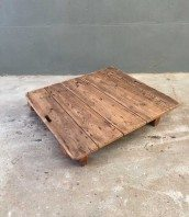 table industrielle vintage avec pied en bois acier. Black Bedroom Furniture Sets. Home Design Ideas