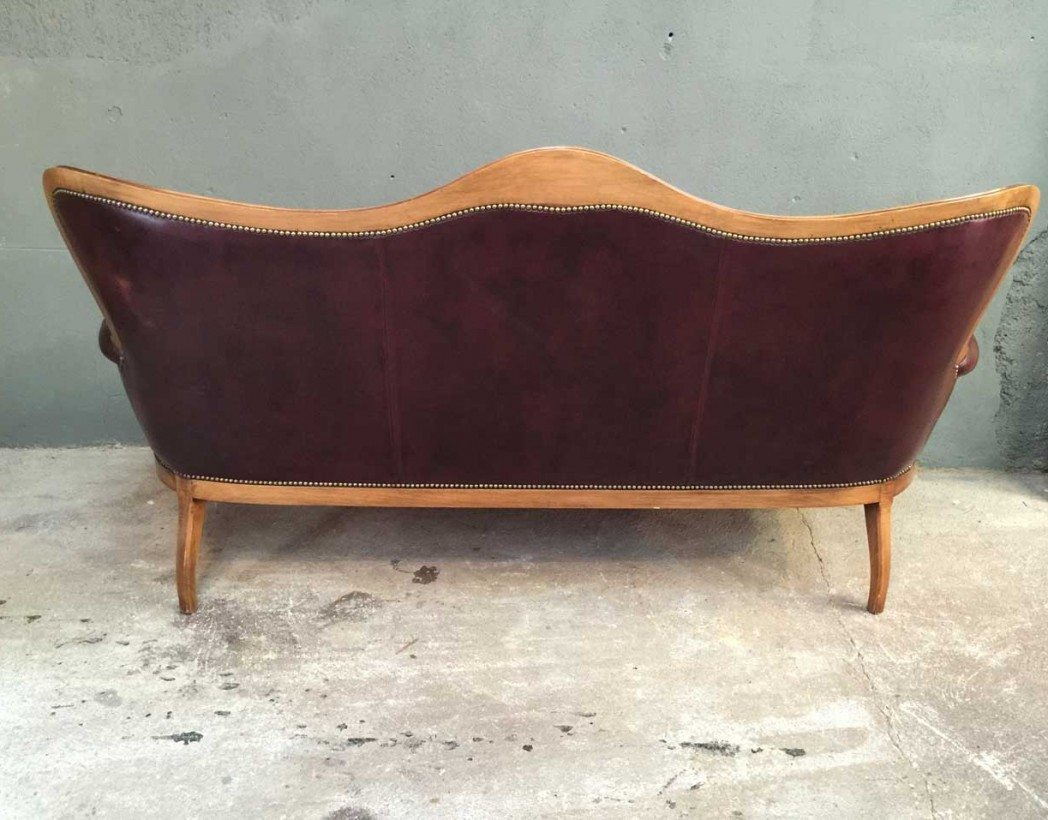 Ancien canap chesterfield en cuir - Chaise chesterfield cuir ...