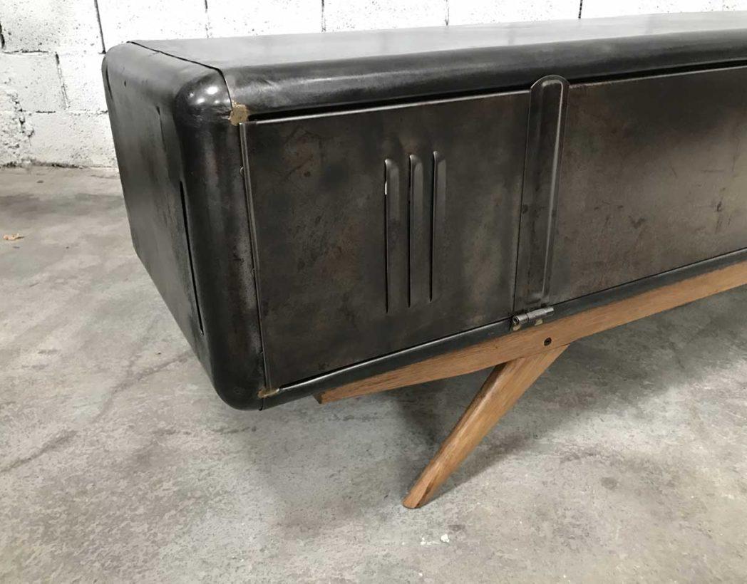 meuble tv revisit vestiaire arrondi et pieds compas. Black Bedroom Furniture Sets. Home Design Ideas