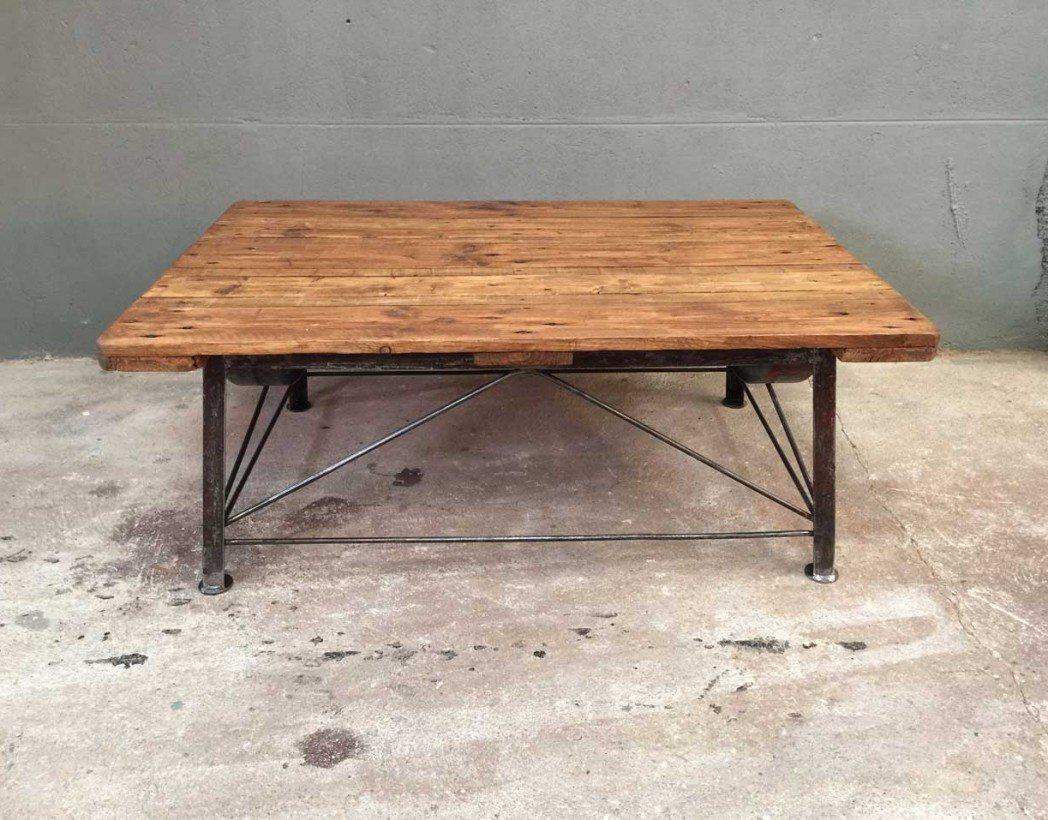 table basse industrielle 2. Black Bedroom Furniture Sets. Home Design Ideas