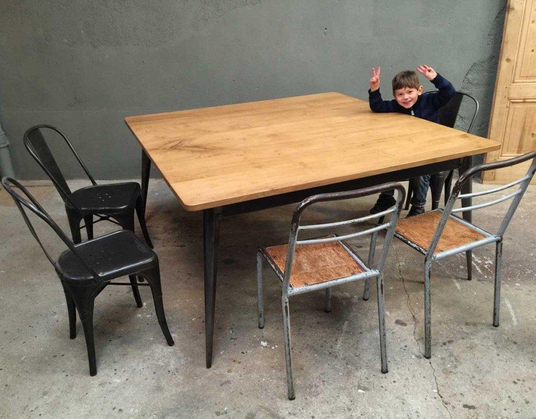 table-industrielle-caree-tolix-bois-metal-creation-5francs-6