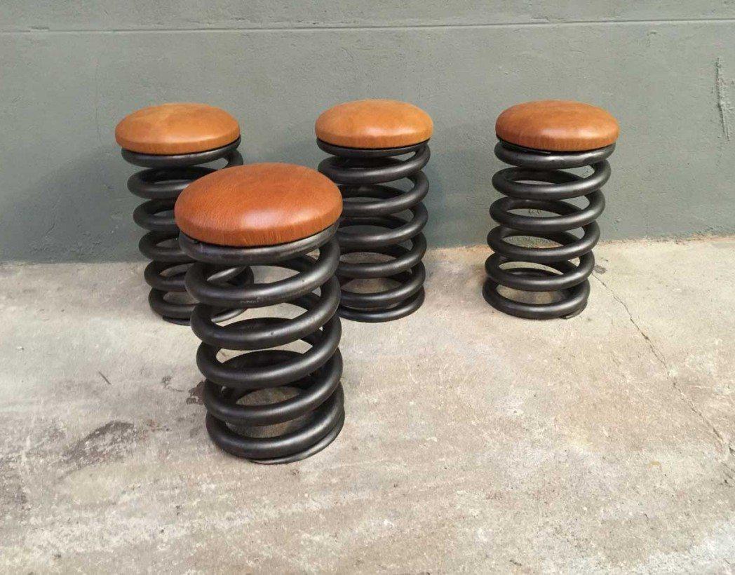 tabouret-industriel-ressort-cuir-5francs-2