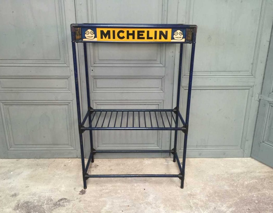 ancienne tag re michelin 1930. Black Bedroom Furniture Sets. Home Design Ideas