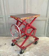 ancienne-table-elevatrice-garage-mobilier-industriel-5francs-1