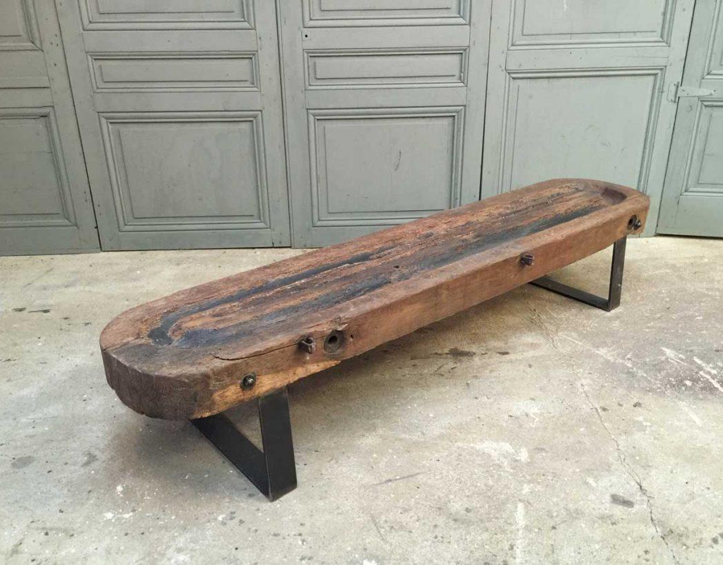 banc ou table basse en bois de pressoir. Black Bedroom Furniture Sets. Home Design Ideas