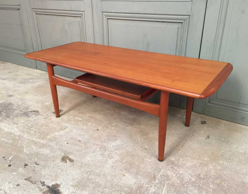 Table basse style scandinave for Tuto table basse scandinave
