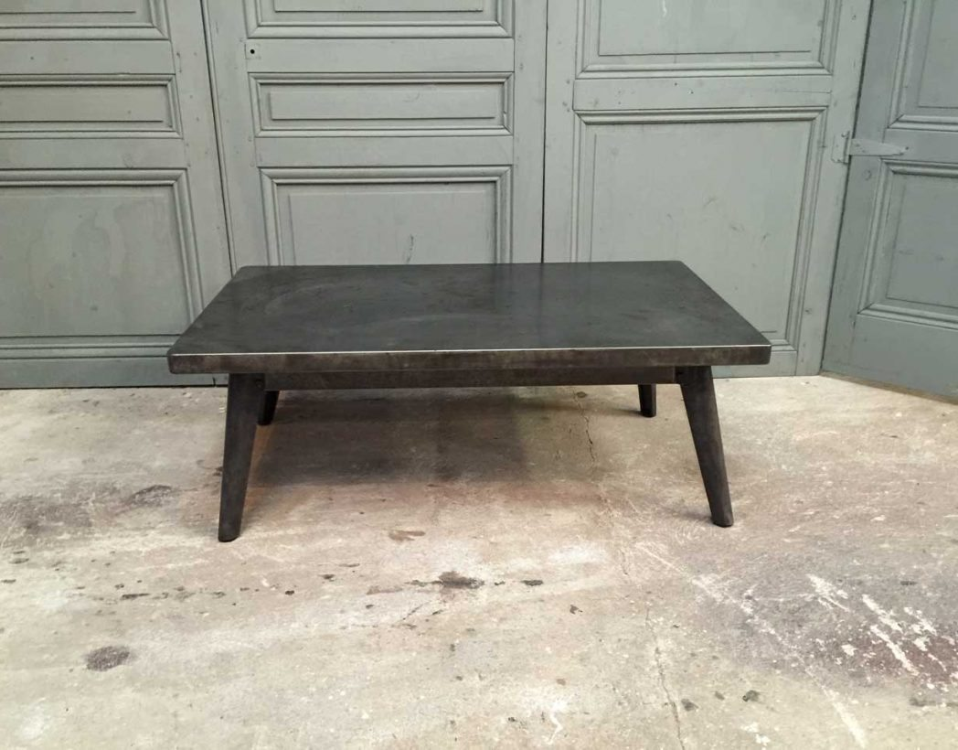 Ancienne table basse tolix for Table basse hauteur 45 cm
