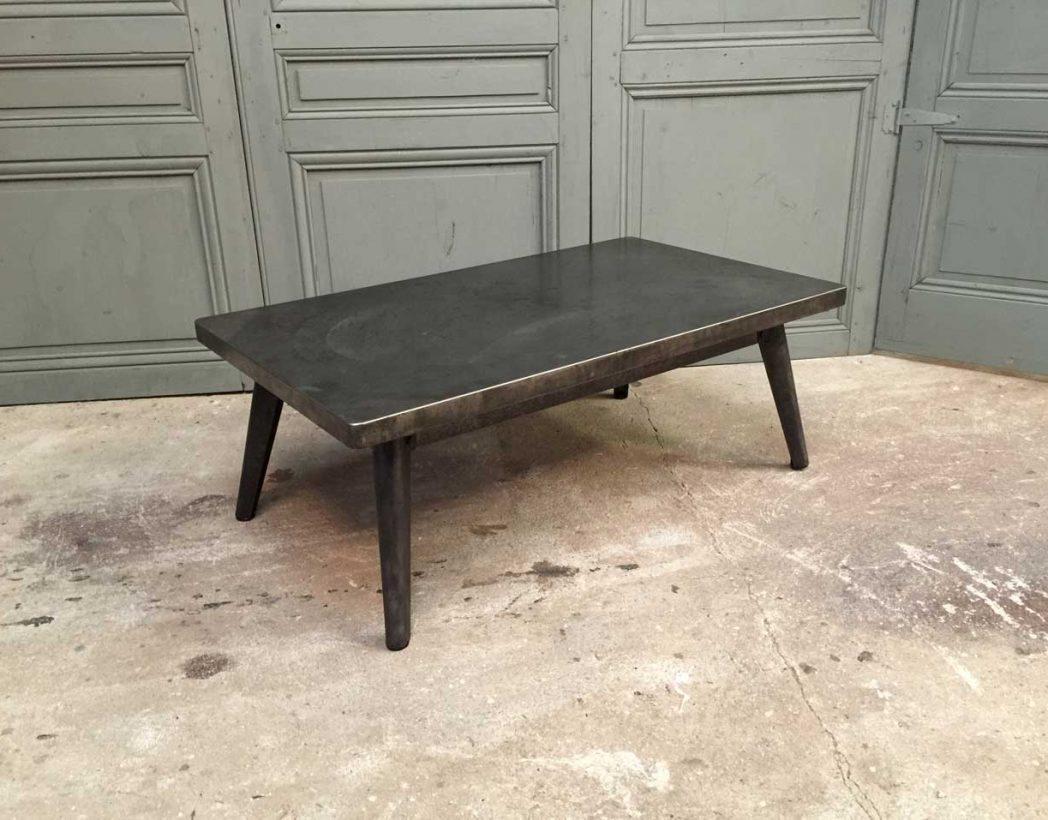 ancienne table basse tolix. Black Bedroom Furniture Sets. Home Design Ideas