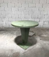 table-tolix-kub-vert-eau-ronde-metal-xavier-pauchard-5francs-1