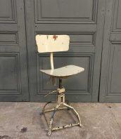 ancienne-chaise-bienaise-patine-blanche-5francs-1-1