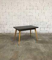 table tolix t55 vintage pied jaune 5francs 1 1 172x198 - Ancienne table de bistrot Tolix T55 pieds jaunes