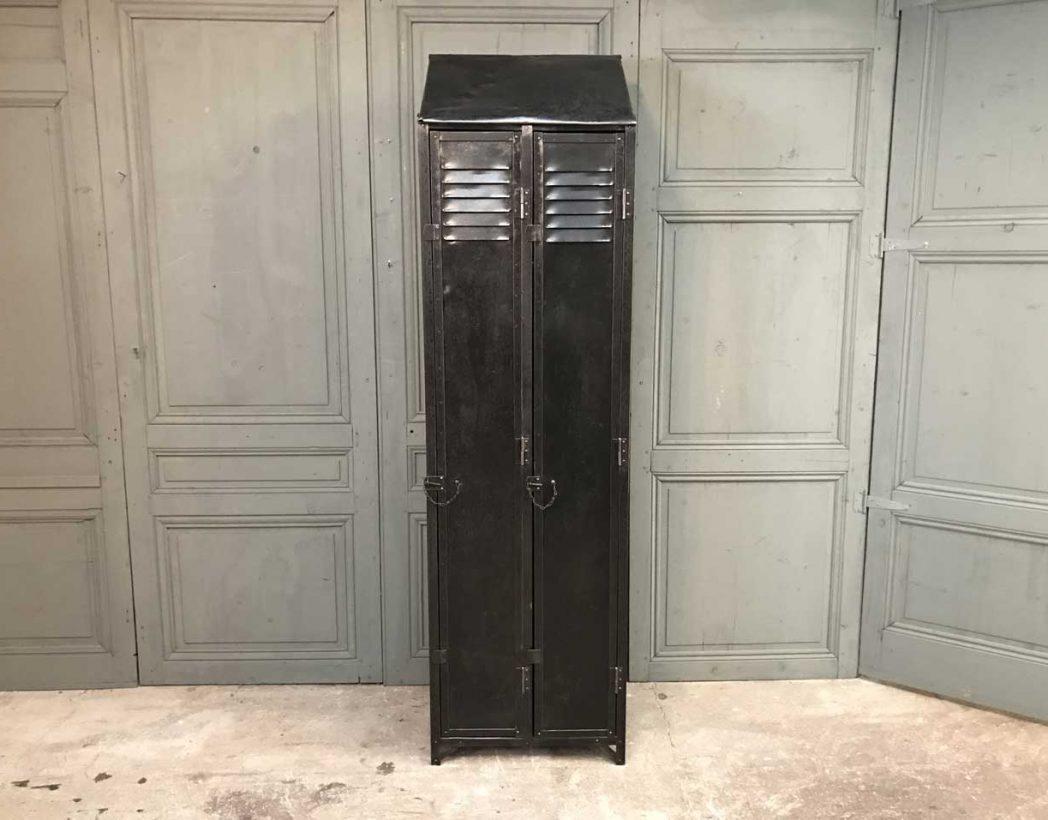 ancien-vestiaire-rivete-2-portes-mobilier-industriel-5francs-2