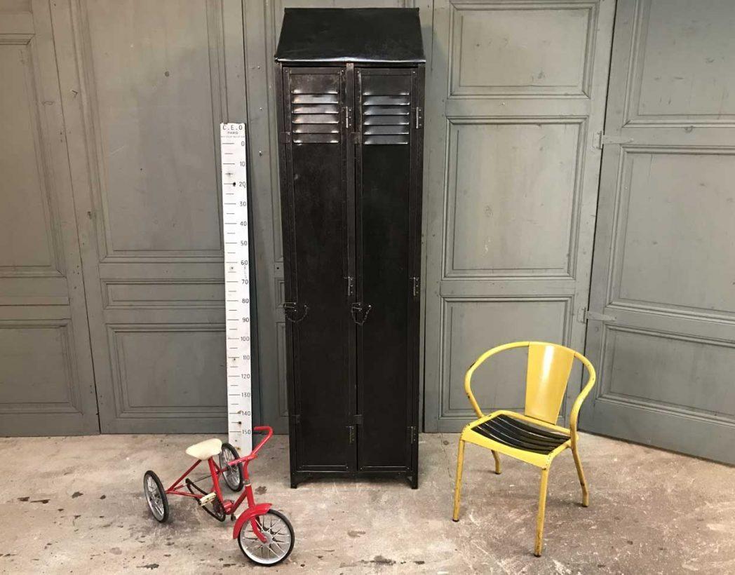 ancien-vestiaire-rivete-2-portes-mobilier-industriel-5francs-9