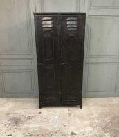 ancien-vestiaire-schwartz-hautmont-2-portes-mobilier-industriel-1