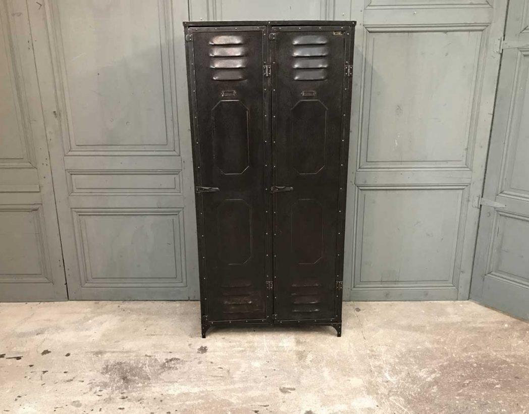 ancien-vestiaire-schwartz-hautmont-2-portes-mobilier-industriel-2
