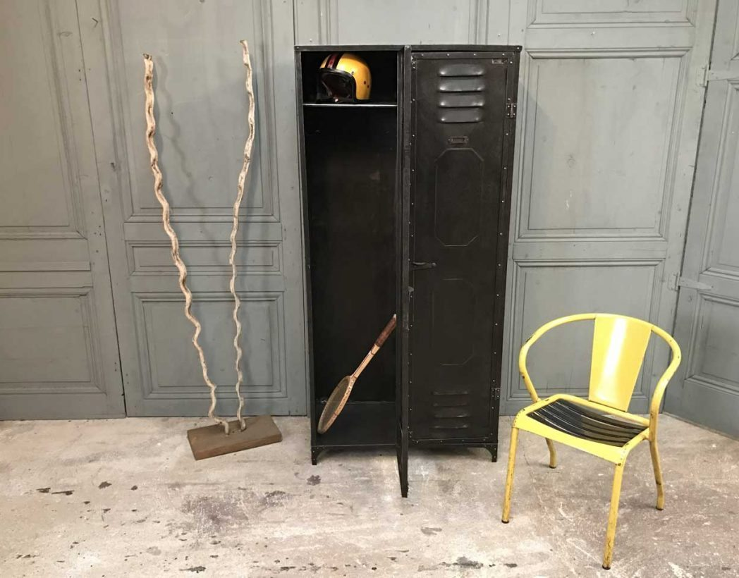 ancien-vestiaire-schwartz-hautmont-2-portes-mobilier-industriel-9